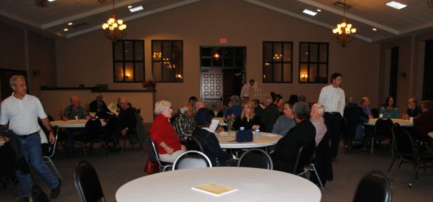 Residents gather for the 2014 annual meeting.